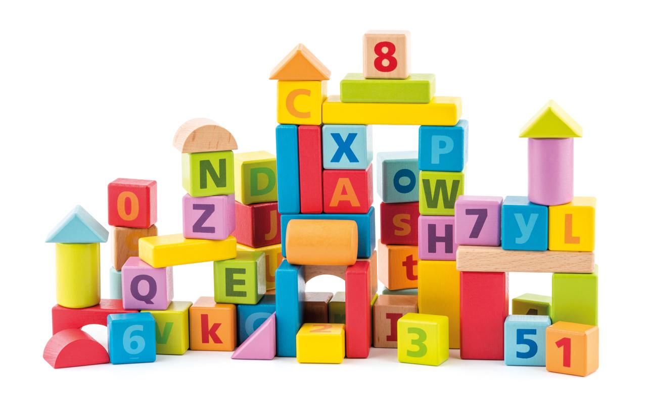 Pastelové kostky s písmeny a číslicemi