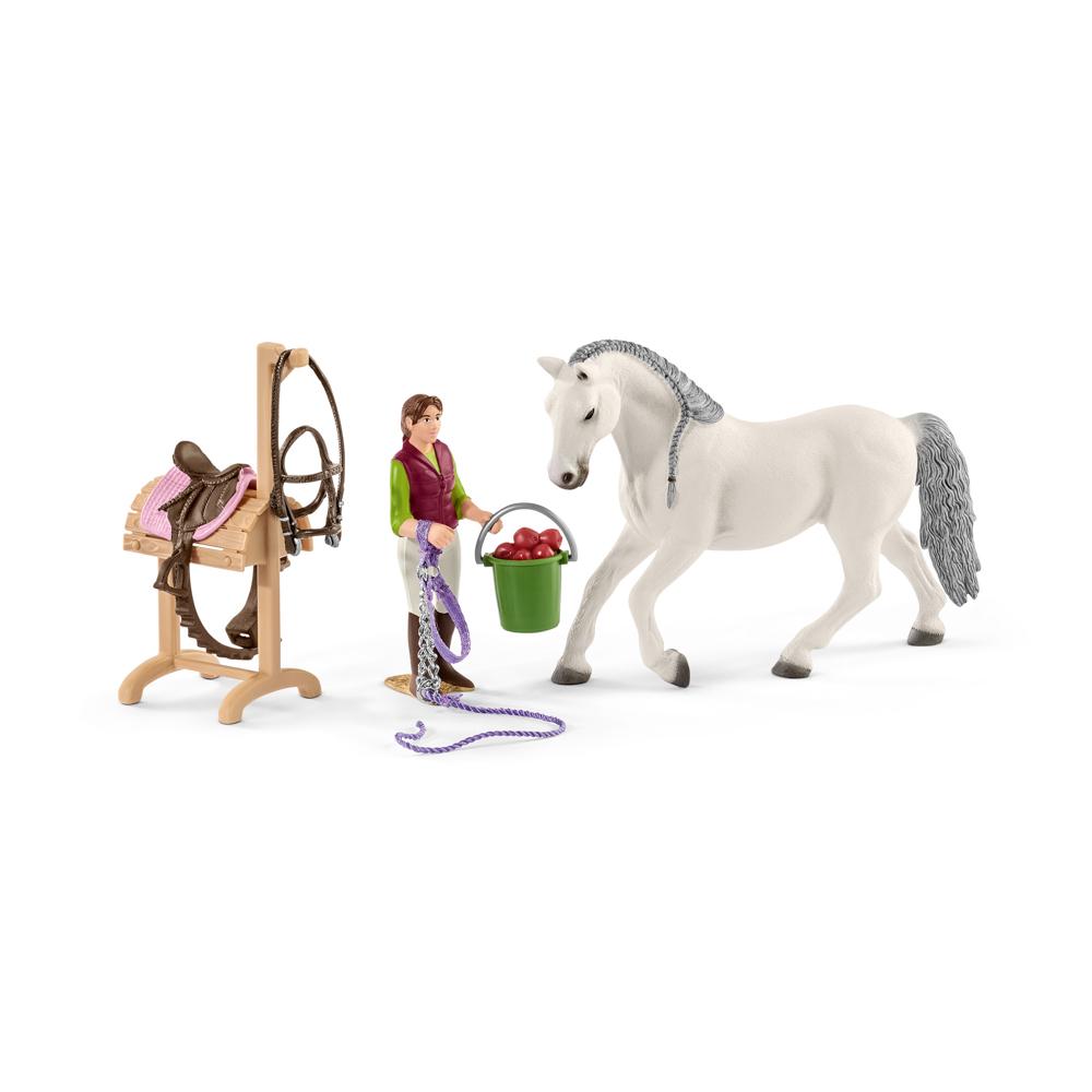 Jezdecká škola s jezdci a koňmi