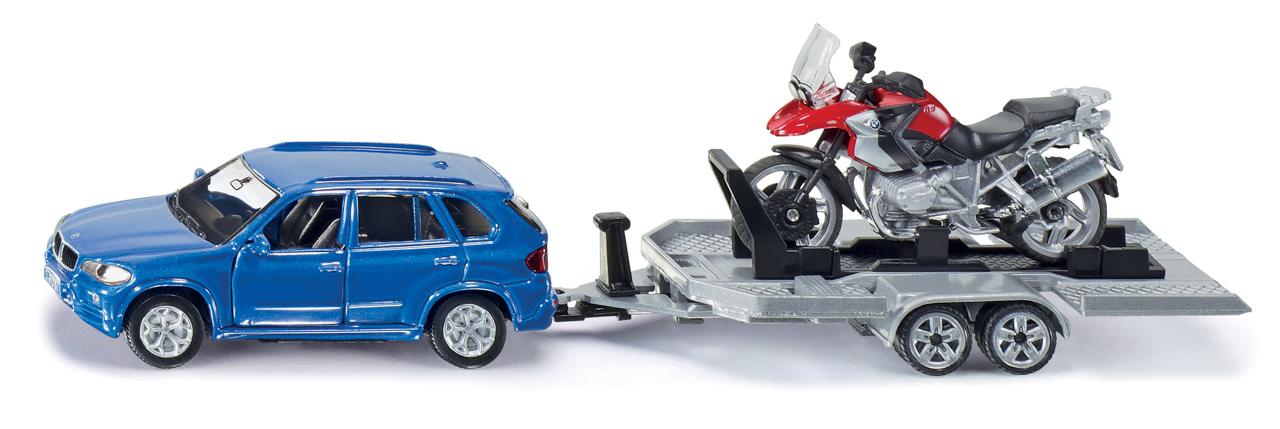 SIKU Super - Auto s tahačem a motorkou
